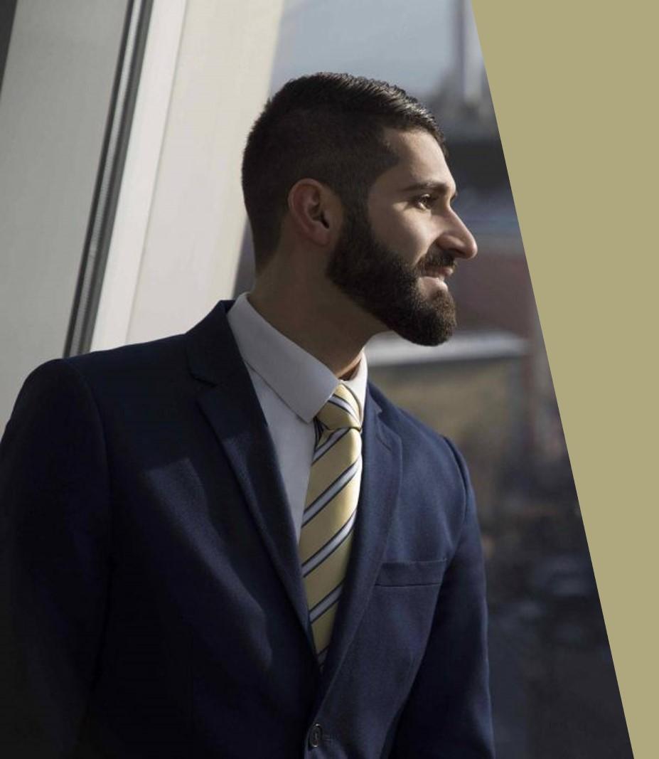 Meet the CEO Volkan Özcan Unternehmensberater mit den Schwerpunkten Businessplan, Förderung, Gesellschaftsvertrag, Digitalisierung, Website, Social Media und Datenschutz